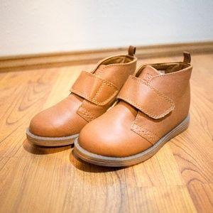 OshKosh NWOT Brown Velcro Boots Toddler Size 11